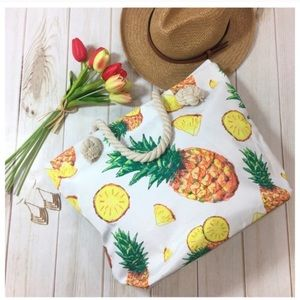 💕HOST PICK💕 NEW Pineapple Canvas Bag Beach Tote